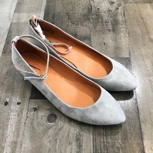 NWOT Madewell 1937 Footwear Suede Flats